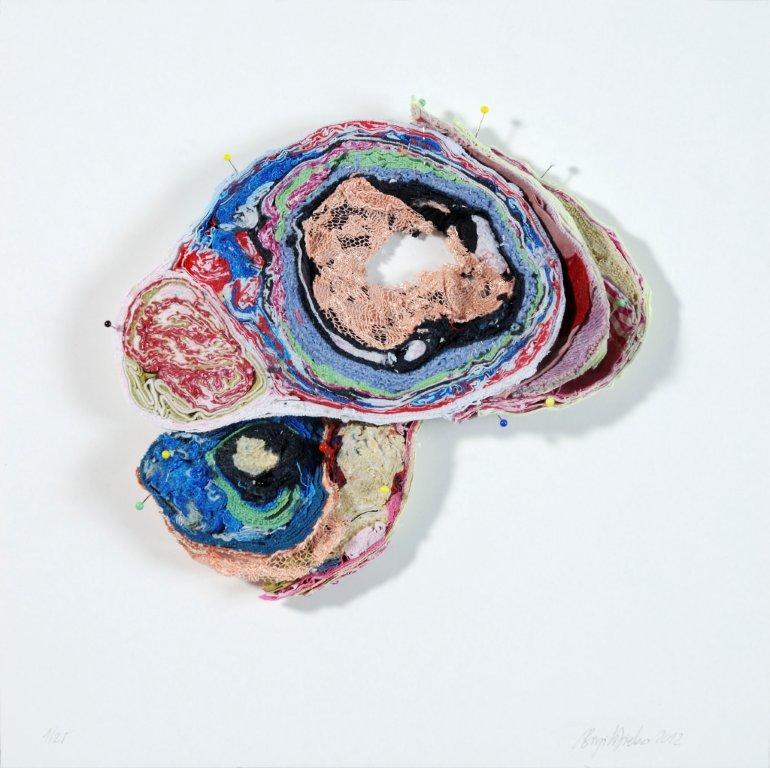 Birgit Dieker, Hirnschnitt, 2012, textiles and pins on carton, 25 x 29 x 3 cm, Edition 1/25 (unique), Hildebrand Collection Leipzig © Birgit Dieker / VG Bild-Kunst Bonn 2018, photo: Jürgen Baumann